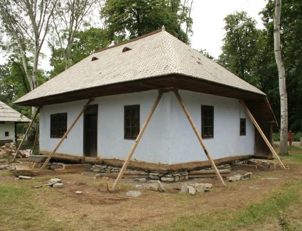 Casa Piatra Şoimului, jud. Maramureş